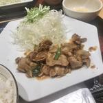四元豚の生姜焼き定食