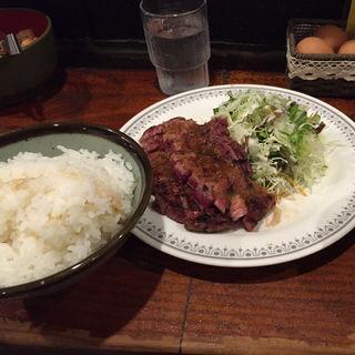 牛ロースステーキランチ(仔牛 (こうし))