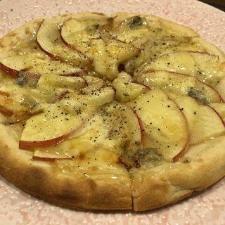 蜂蜜のリンゴピザ