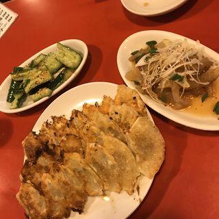 焼餃子(7ケ)(餃子屋 弐ノ弐今泉店 (ニノニ))