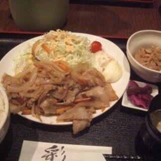 豚バラ生姜焼き定食(蕾 (ツボミ))
