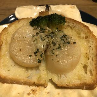 ホタテのブルギニオンバター焼き(ル・コントワール・ロメオ)