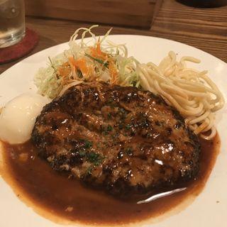 ハンバーグステーキ(洋食バル ウルトラ )