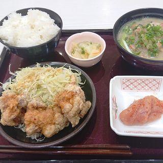 唐揚げの明太ソース定食(やまや食堂 ラゾーナ川崎店)