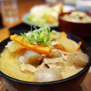 豚汁定食(わっぱ定食堂 警固本店)