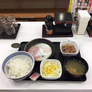一汁三菜朝膳 ハムエッグ牛小鉢定食(吉野家 打越店 )
