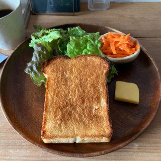 トーストのプレート(うぐいすと穀雨)