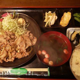 豚の生姜焼き定食(居酒屋 ぜろ)