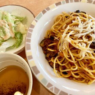 ナスのミートソーススパゲティ