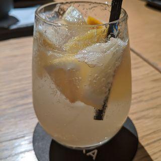 イチジクと柑橘の日本酒サングリア