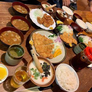 ロースカツ定食(珍豚美人 (ちんとんしゃん))