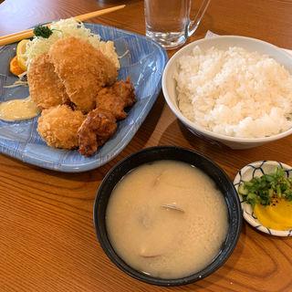 ミックスフライ定食(浅草 水口食堂)
