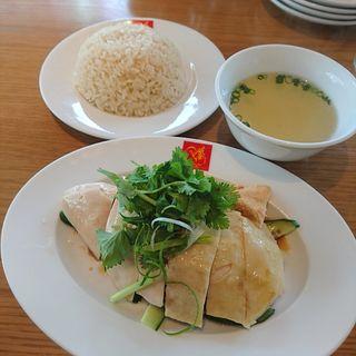スチームチキンライス(威南記海南鶏飯 日本本店 (Wee Nam Kee Chicken Rice/ウィーナムキーチキンライス))