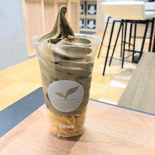 一番ほうじ茶ソフトクリーム(田頭茶舗)