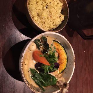 野菜とチキンのスープカレー