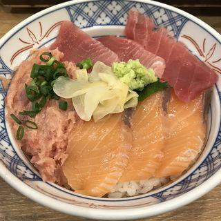 まぐろサーモンねぎとろ丼(磯丸水産 JR成田東口店)