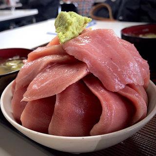 本鮪丼(小)(鶴亀屋食堂 (名物マグロ丼))