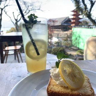 レモンソーダとレモンケーキ(天心閣 (テンシンカク))