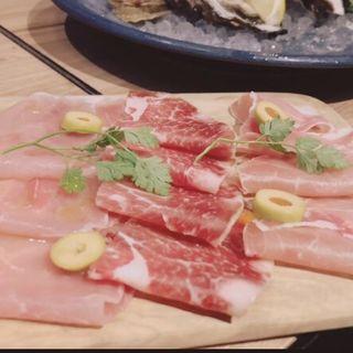 生ハム3種盛り合わせ(オサカナバル イル マーレ 横浜西口店)