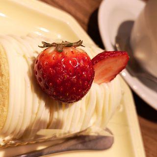 レアチーズモンブランケーキ