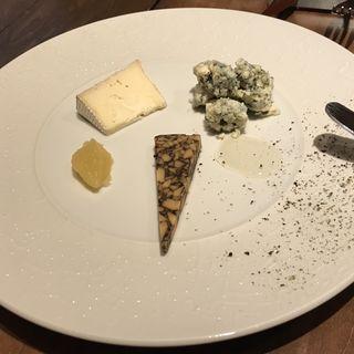 チーズの盛り合わせ(エノテカ・イル・ジェンティーレ)