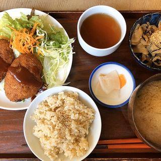 豆腐コロッケ(びお亭 (ビオテイ))