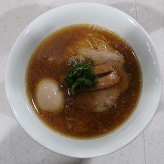 醤油らぁ麺玉子入り(ラーメン星印 )