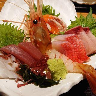 刺身7点盛り(魚河岸 甚平 パセオ店 )