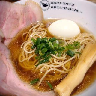 鮭醤油ラーメンとけっこうスパ石井な豚きのこマサラキーマ(お出汁とスパイス 元祖エレクトロニカレー)