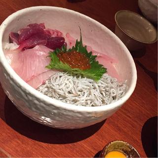 海鮮丼(銀平 北新地店 (ぎんぺい))