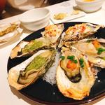 焼き牡蠣 3種盛り合わせ(エミットフィッシュバー)