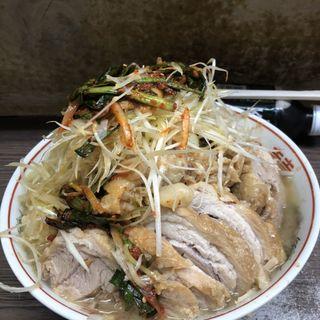 小豚+ニラキムチ+ネギ(ラーメン二郎 横浜関内店)