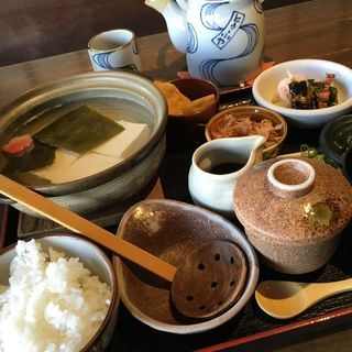 湯豆腐膳(とうふや )