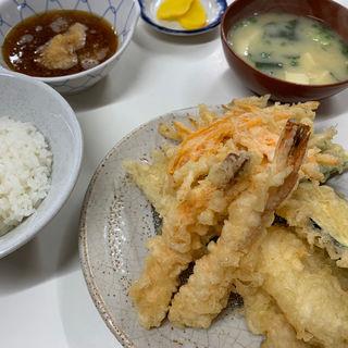 天ぷら定食(海老天入、ご飯中)(天ぷら定食ふじしま)