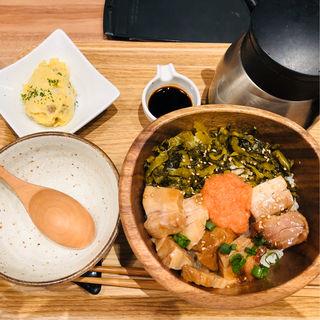 角煮・高菜・明太子の博多ごはん(こめらく たっぷり野菜とお茶漬けと。 渋谷ヒカリエ店)
