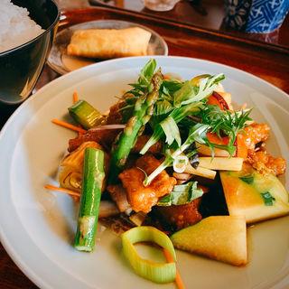 黒酢酢豚(好吃)