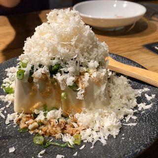 ぶっかけ白わさび豆腐(熟成焼肉 肉源 六本木店)