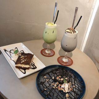 黒ゴマラテ(SPIA CAFE)