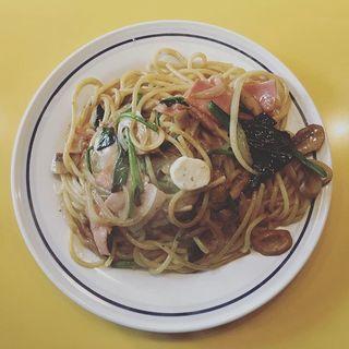 きのこバタースパゲティ