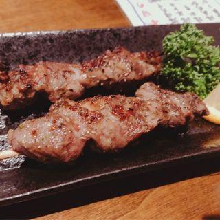 ラム串(1本)(マルカン漁業部 海がき本店 )