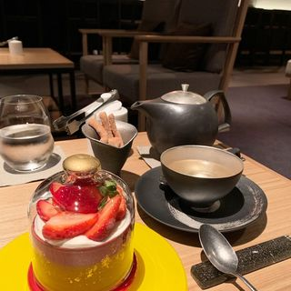 ケーキセット(TEA AND BAR(THE THOUSAND KYOTO))