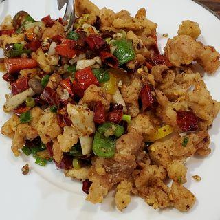 鶏唐揚のスパイス炒め(紅燈籠  )