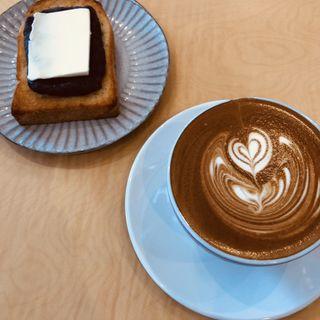 カフェラテ(ロウズ コーヒー (ROWS COFFEE))