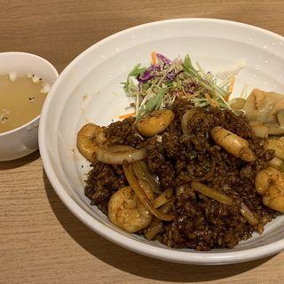 ブラックチャーハン スープ付き(京華小吃 仙台)