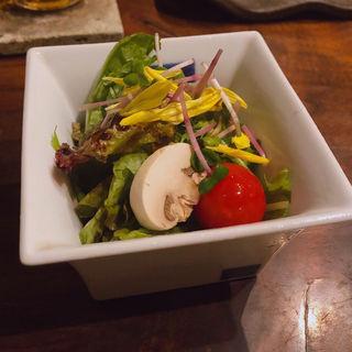 野菜サラダ(小)(地鶏焼 とりや 新宿総本店 (じどりやき とりや))