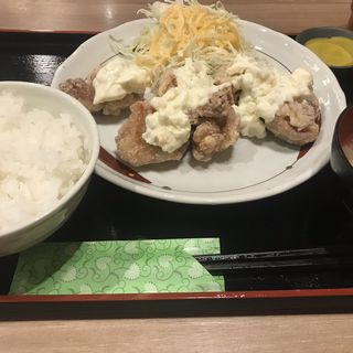 タルタル唐揚定食(鳥良商店 有楽町日比谷店 )