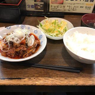 激辛牛すじ煮込定食(路地裏 (ろじうら))