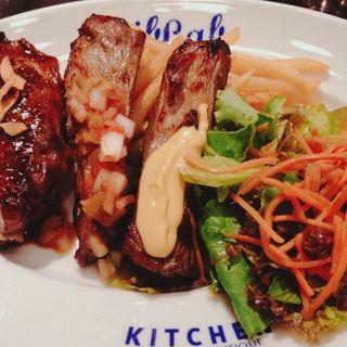 リブラボ特製スペアリブ 3種のソース(リブラボ キッチン SHINAGAWA (Riblab Kitchen))