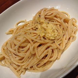 チーズの器でつくるパスタ(トスカーナ鶴見シァル店 )