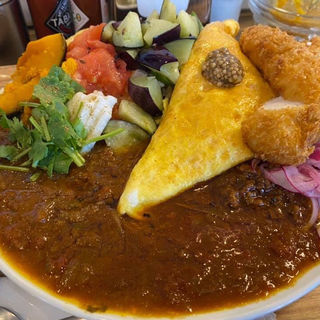 3種のカレーCチキンカツ付きチーズエッグトッピング(ブラウンオニオンカレーファクトリー (brown onion curry factory))